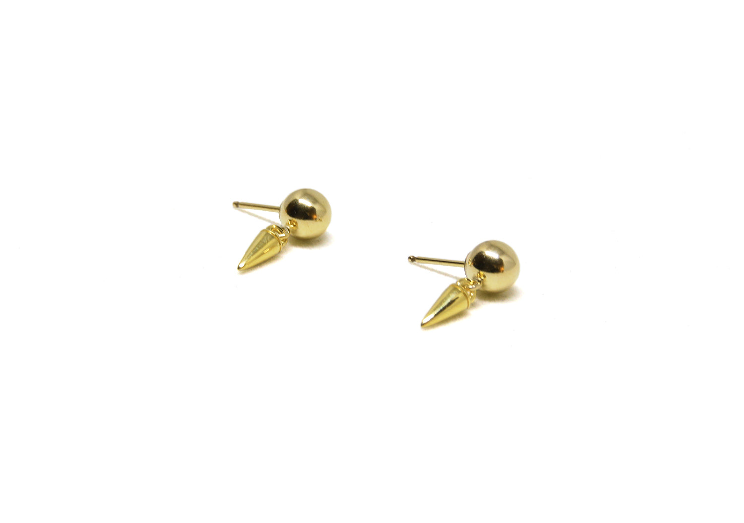 llayers jewelry small spikes ball gold hoops earrings- boucles d'oreilles petits clous sphères en or
