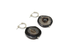 llayers earrings black agate boucles d'oreilles agate noire talisman