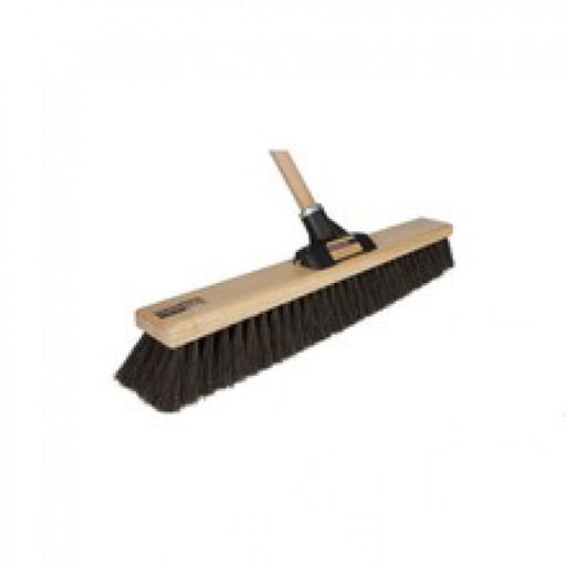 600mm Platform Broom With Handle 786524