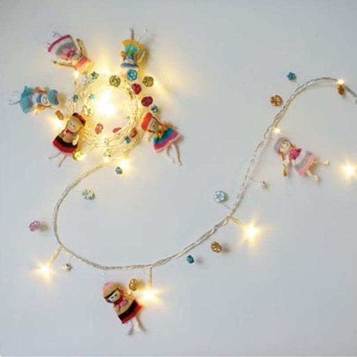 Dollie lights on a string