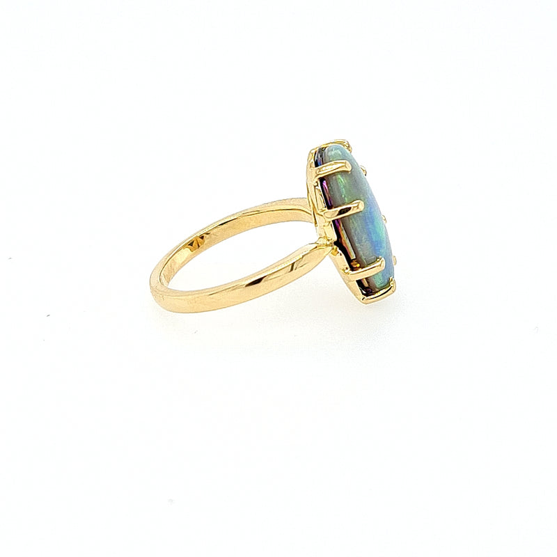 Opal Ring in 18ct Yellow Gold