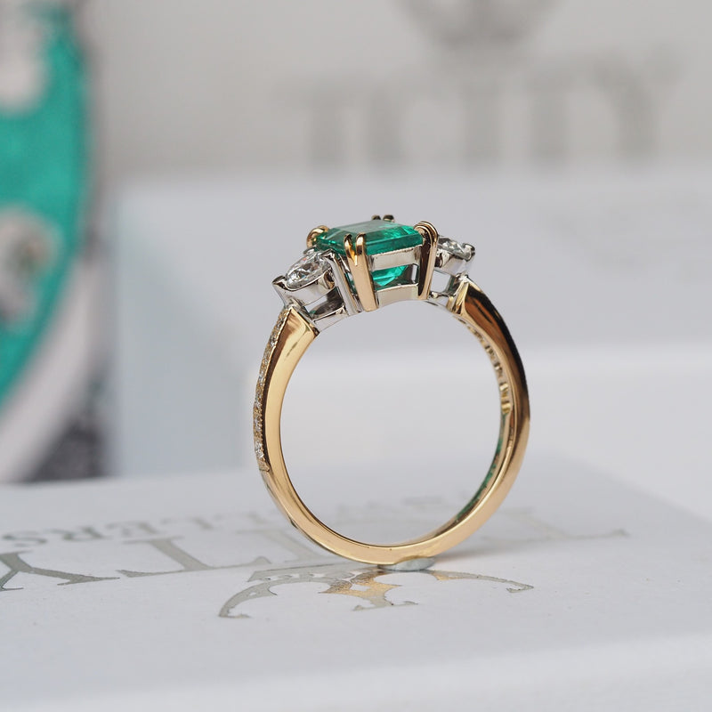 Colombian Emerald Diamond Ring - Side View