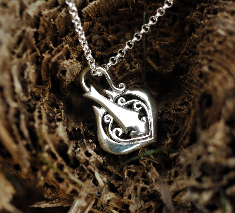 Silver Sting Ray Pendant