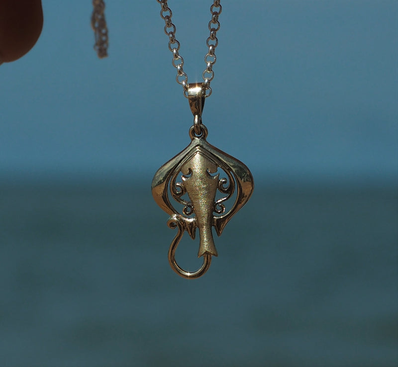 Gold Sting Ray Pendant