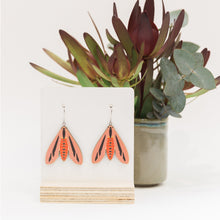 Load image into Gallery viewer, MINI PINK SPLENDOUR EARRINGS