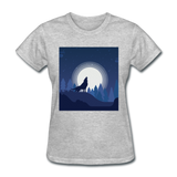 Wolf Howling at Moon - Women's - heather gray