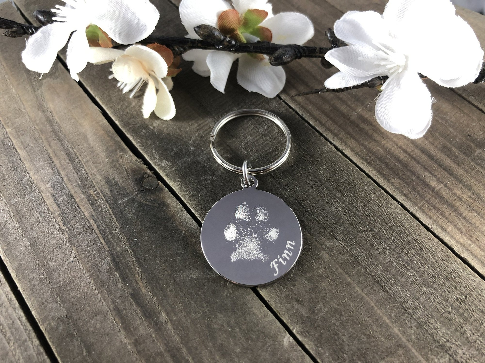 Custom Made Keychain from a Pawprint of your Pet-Custom Keychain-I love Veterinary