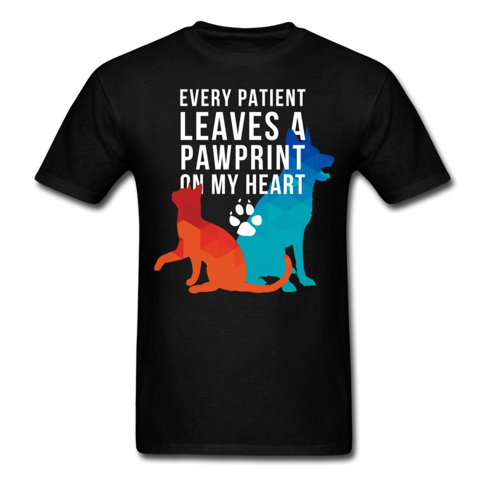 Every patients leaves a pawprint on my heart Unisex T-shirt-Unisex Classic T-Shirt | Fruit of the Loom 3930-I love Veterinary