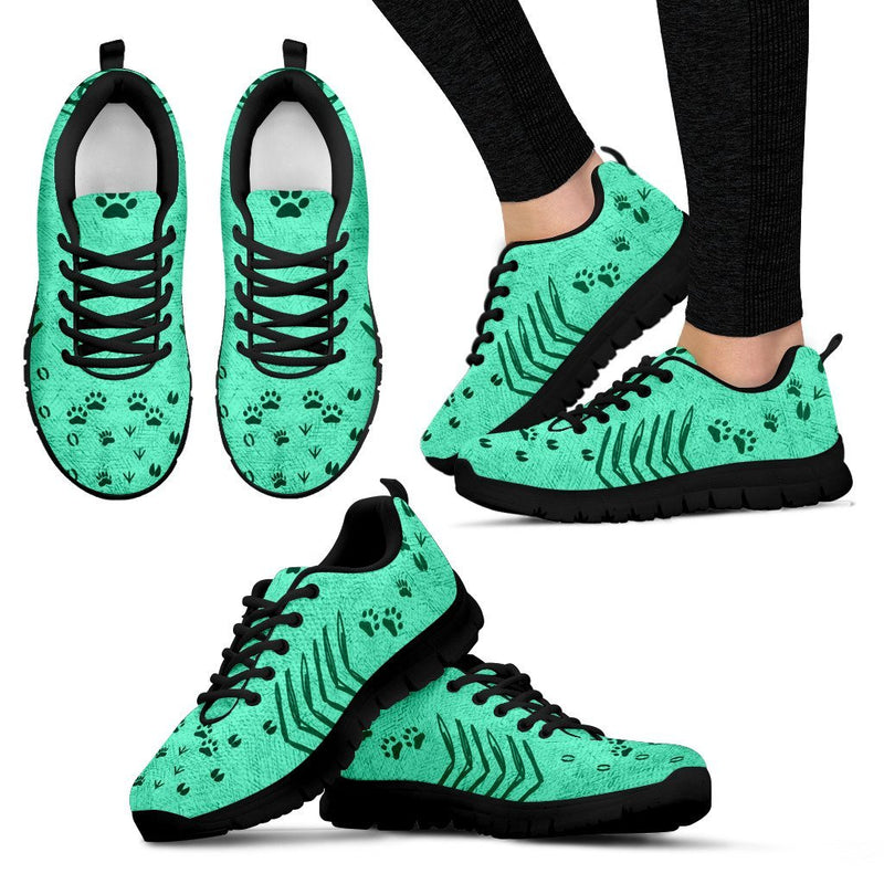 The road to my heart is paved with animal prints Sneakers-Sneakers-I love Veterinary