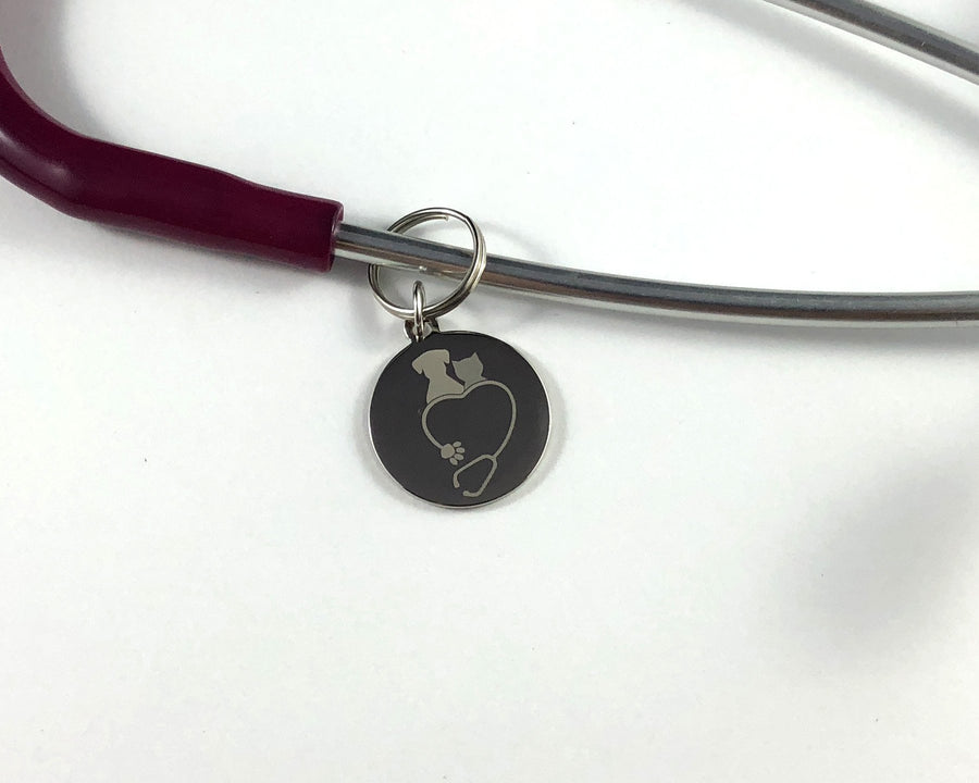 Stethoscope with dog and cat on top tag-Stethoscope tag-I love Veterinary