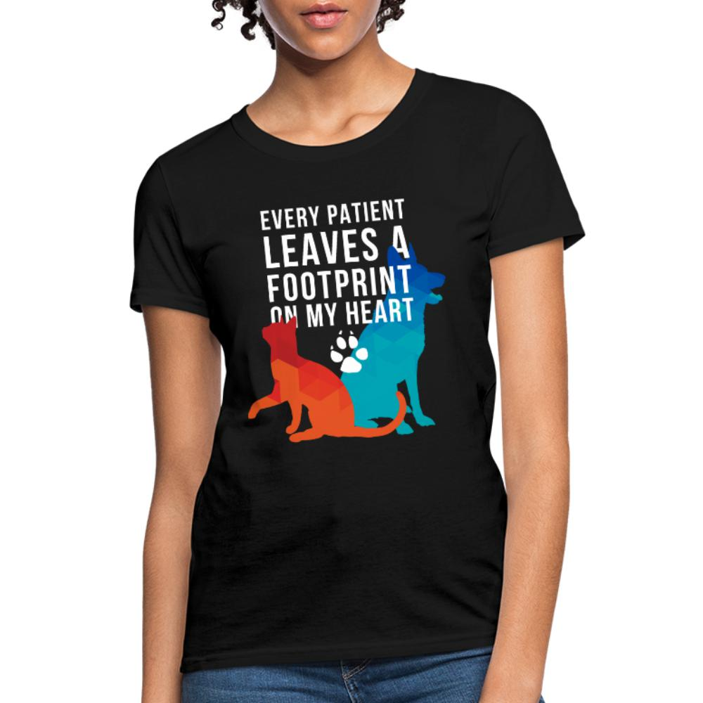 Every Patient Leaves a Footprint Women's T-Shirt-Women's T-Shirt | Fruit of the Loom L3930R-I love Veterinary