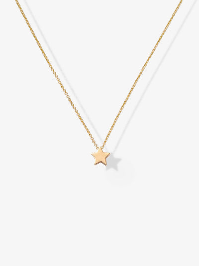 Discover our handcrafted Love Letters Star Necklace in 18-karat solid gold with an adjustable necklace chain.