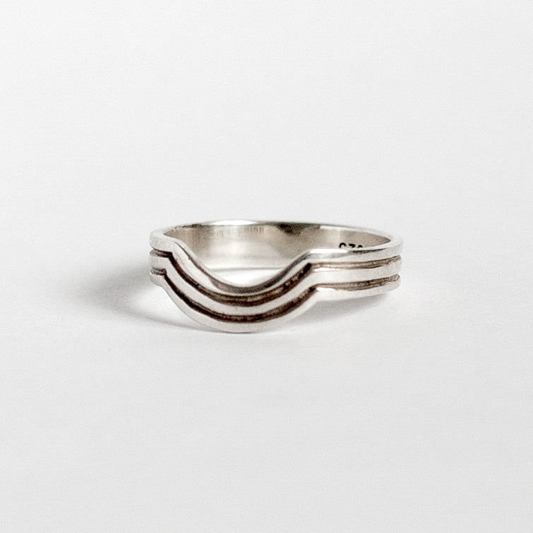 IRIS RING • MADE-TO-ORDER