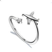 ADJUSTABLE AIRPLANE RING