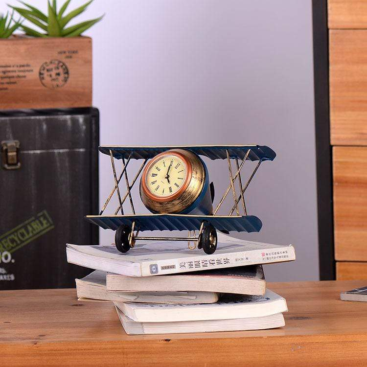 GearNets Aircraft Model Desk Clock