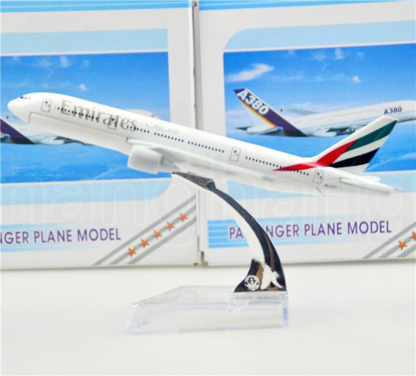 GearNets Model Aircraft Emirates Airline The 777