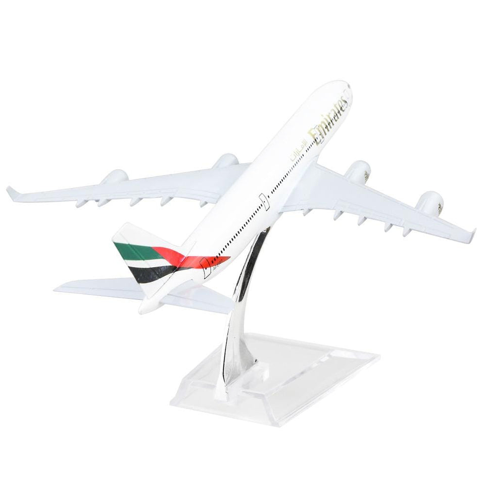 GearNets Model Aircraft Emirates Airlines Airbus 340