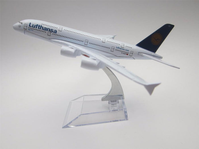 GearNets Model Aircraft Lufthansa Airlines Airbus 380