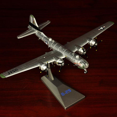 GearNets World War II B-29 Bomber