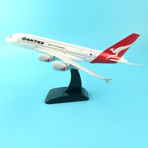 PILOTSX 20CM 245 20cm Alloy Metal Air EMIRATES A380 Model United Arab Emirates Airbus, Boeing 777 380 Airways Plane Model Aircraft Gifts