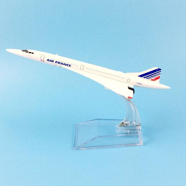 PILOTSX Model Aircraft 16CM Air France 085 EGYPTAIR Airlines The 777
