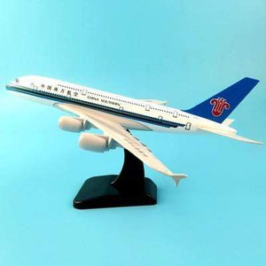 PILOTSX Model Aircraft 20CM 249 EGYPTAIR Airlines The 777