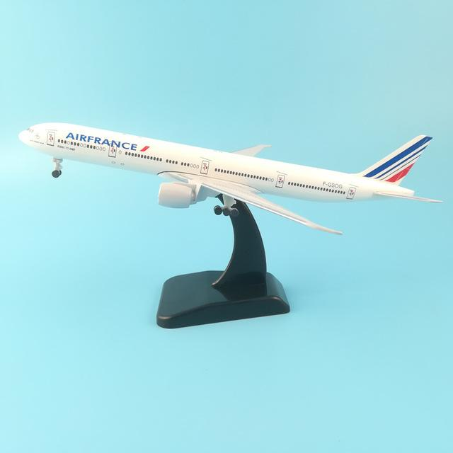 PILOTSX Model Aircraft 20CM AIR FRANCE 252 EGYPTAIR Airlines The 777