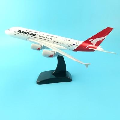 PILOTSX Model Aircraft 20CM Qantas 245 EGYPTAIR Airlines The 777