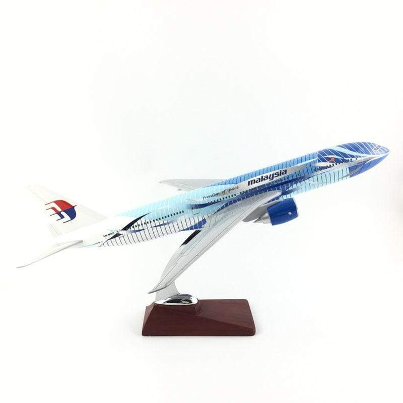 PILOTSX Model Aircraft 45-47CM Malaysia Airlines The 777