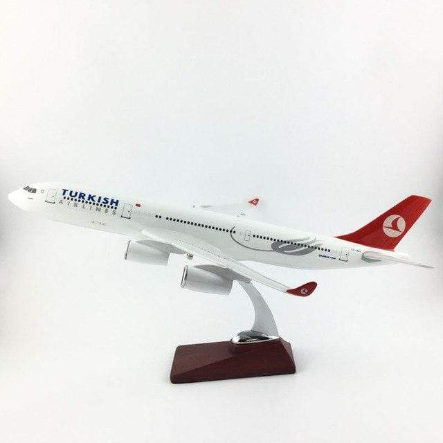 PILOTSX Model Aircraft 45-47CM Turkish Airlines Airbus A 340