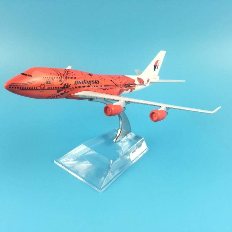 PILOTSX Model Aircraft Air Malaysia Red Flower The 747 400