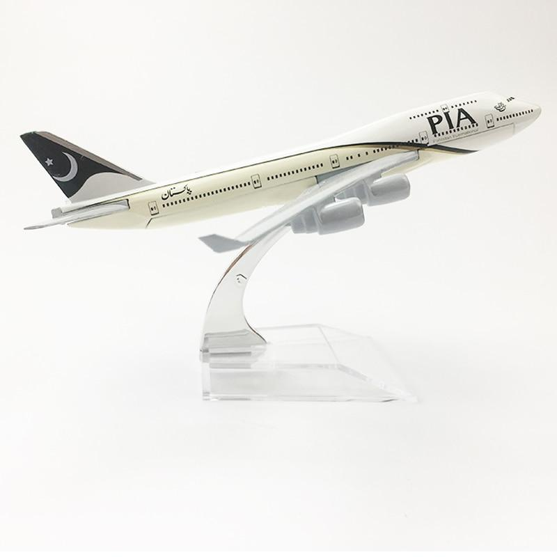 PILOTSX Model Aircraft Pakistan International Airlines The 747