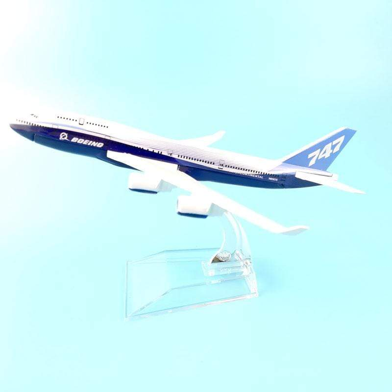 PILOTSX Model Aircraft The 747 Dreamliner