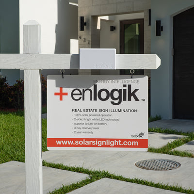 Real Estate Sign Light in white