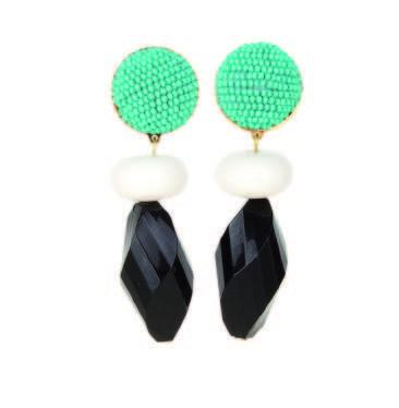 Dragipop Black Earrings
