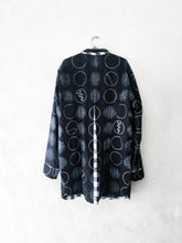 Load image into Gallery viewer, Black Shibori Jacket