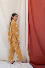 Load image into Gallery viewer, MUSTARD SHIBORI PANTS