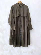 Load image into Gallery viewer, OLIVE FLAP TUNIC