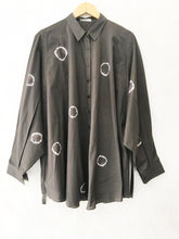Load image into Gallery viewer, OLIVE GREEN HAND DONE SHIBORI TOP