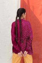 Load image into Gallery viewer, WINE HAND-DONE BANDHANI SILK TOP