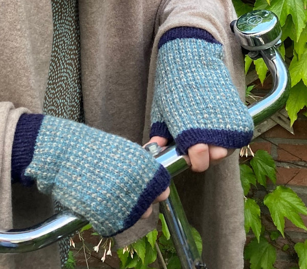 Starlight Mitts pattern