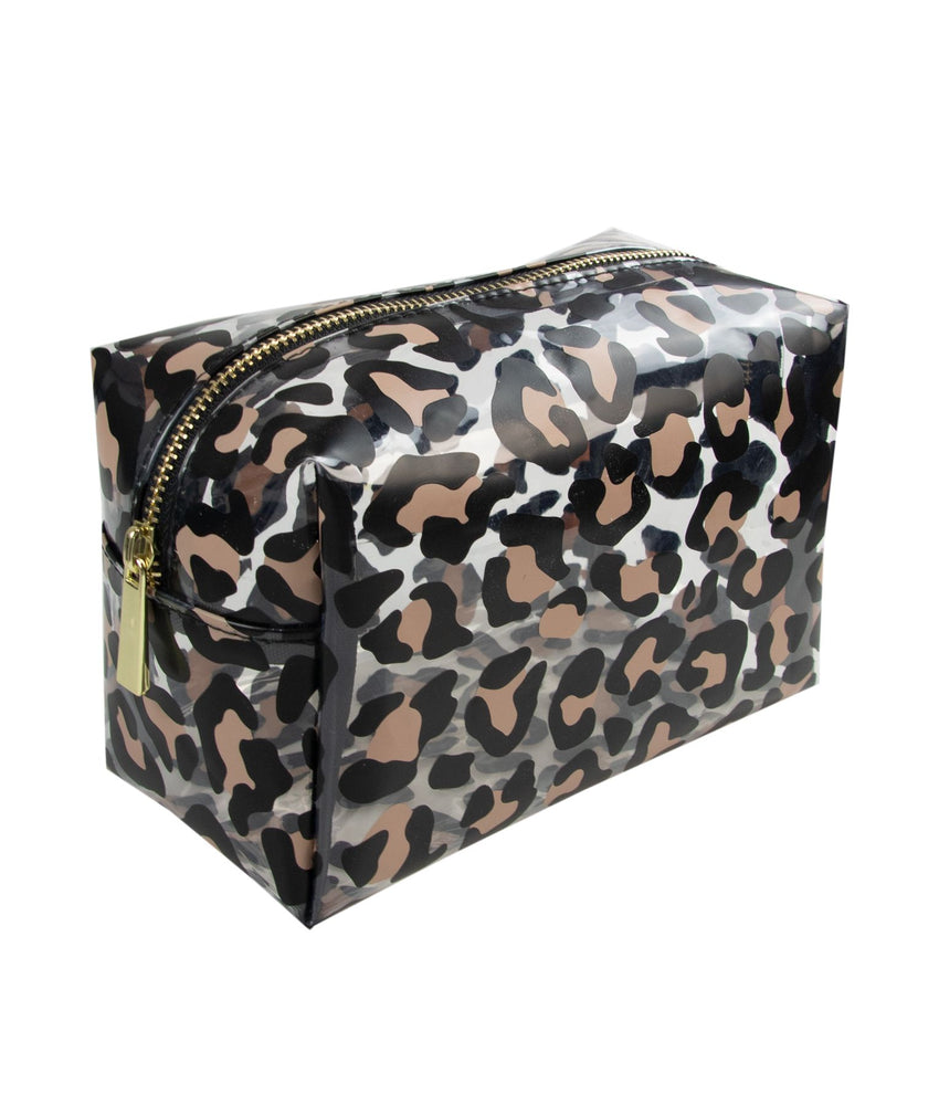 make-up bag in leopard print