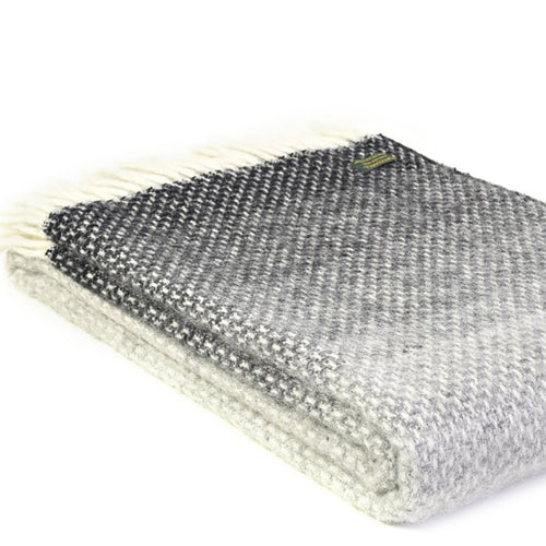 Ombre Throw Pebble