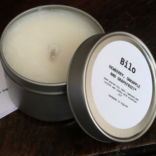 Bilo Travel Candle in a Tin- Dewberry, Oakapple and Grapefruit