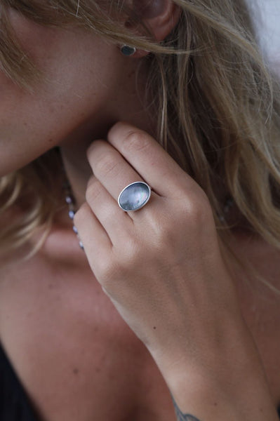 Dark Mother of Pearl Ring - Island Soul Silver Jewelry from Bali