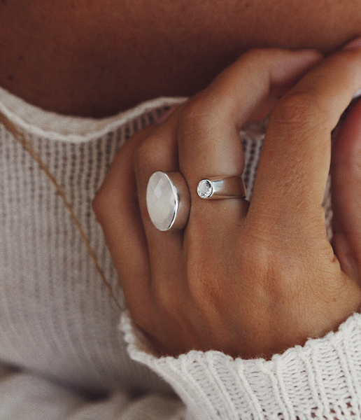 Unlined Rose Quartz and White Topaz Ring - Island Soul Silver Jewelry from Bali