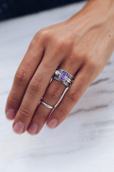 Amethyst and white Topaz Mechanism Ring