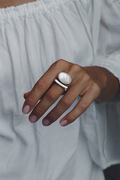 Ring Cloud with Mother of Pearl - Island Soul Silver Jewelry from Bali
