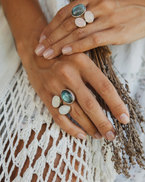 Ring with Labradorite and Moonstones - Island Soul Silver Jewelry from Bali