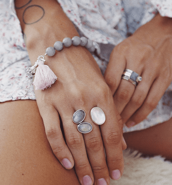 Ring with Rose Quartz and Labradorites - Island Soul Silver Jewelry from Bali